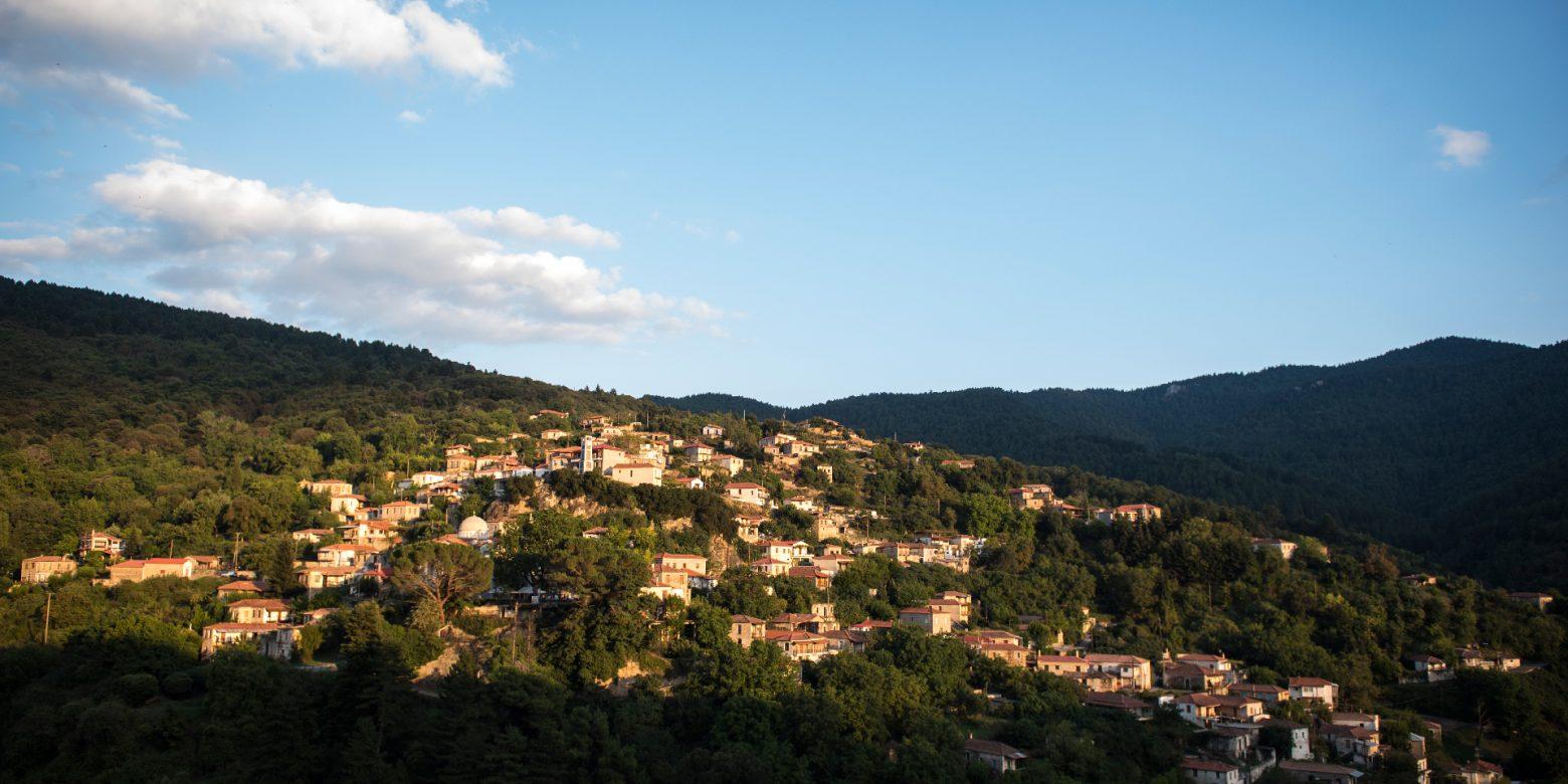 Ζωή στο χωριό: το «μέσα», το «γύρω» και ο πολιτισμός