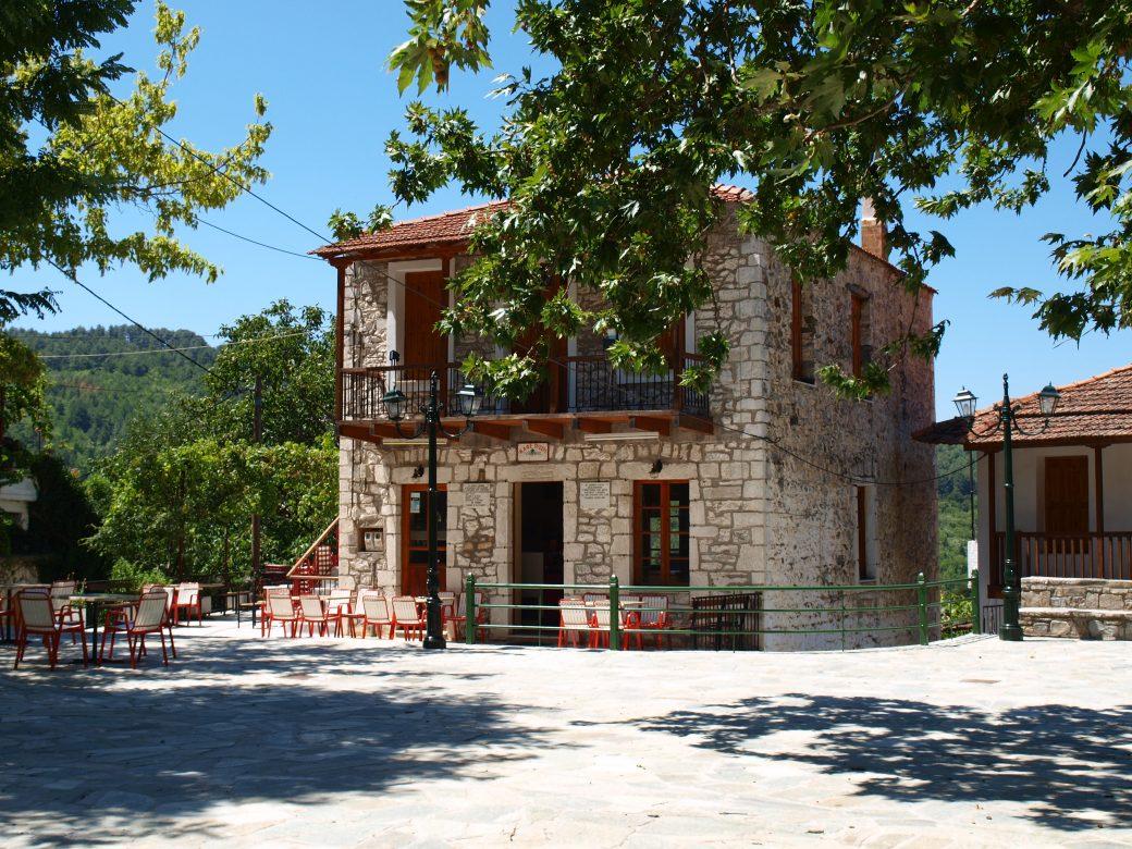 Καφενείο Πάρνωνας / Credit: G. Spiliakos