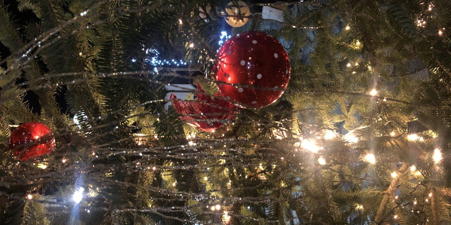 Χριστούγεννα στη Βαμβακού! Ας ανάψουμε τα φώτα!